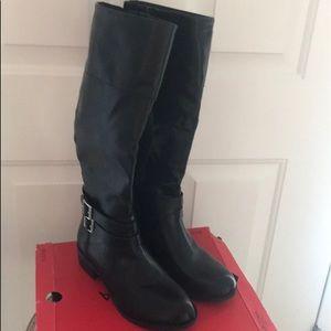 Arizona Denmark Black Boots